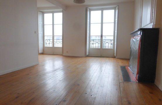 Nantes: Appartement 2 pièces de 45m²